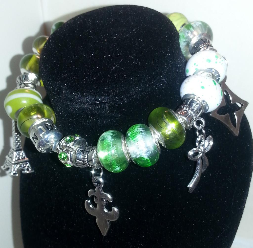Designer Charm Bracelet European & Murano Glass Beads   Found at http://t.co/PZO2dklB1b @WenonaThornton http://t.co/HAAeQ575jL
