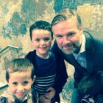 Great night watching Aladdin at @BelgradeTheatre ... Nice pic of jake and kian with Steven Pressley too #pusb http://t.co/ngZS2O1hVp