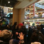 BREAKING: Protesters in #Seattle have now pushed their way into Pacific Place shopping center. #Ferguson http://t.co/ddvWt51pZy