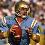 Congratulations to our @TroyAikman! UCLA just retired his No. 8 jersey. http://t.co/pnVyHG0QgL