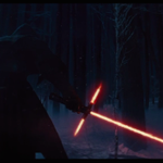 It's here! The new 'Star Wars' trailer is here! http://t.co/763jtkDvb5 http://t.co/2Na46Xfwev