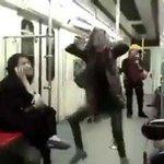 Una joven reta al Gobierno iraní con un osado baile en el metro de Teherán y deja caer su velo http://t.co/OeZyiWFc7O http://t.co/3tUktj2wmQ