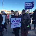 .@rweingarten didnt shop this #BlackFriday, she stood with workers fighting for a living wage and respect. http://t.co/n59GaqNJdp