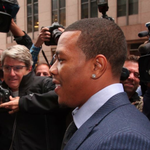Ray Rice has won his appeal and has been reinstated by the NFL http://t.co/32ktVxWKQY http://t.co/9p3OqCj4SG