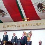 Se concluye sesión en el @congresohidalgo con entonación del Himno Nacional Mexicano.  @Paco_Olvera #ElisaVargasLugo http://t.co/U7N1knJfzZ
