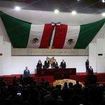 """Entrega de la Presa """"Pedro María Anaya"""" a  #ElisaVargasLugo en el @CongresoHidalgo Fotogalería Honores a la Bandera http://t.co/Q9G9HSKGm5"""