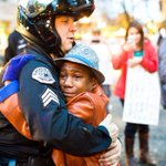Police officer and young demonstrator share hug during #Ferguson rally in Portland http://t.co/k77AUsjnMe http://t.co/jEwXeojDIM