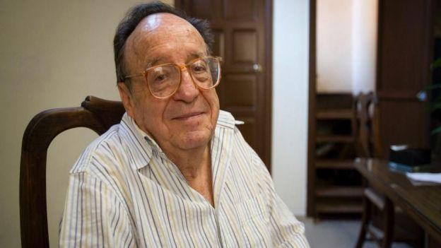 Murió Roberto Gómez Bolaños, 'Chespirito' http://t.co/k5y1cCFgMN http://t.co/tQkizaANfI