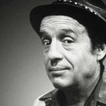 "[INTERNACIONAL] Falleció el popular comediante ""Chespirito"" - Radio 780 AM http://t.co/KHurtF2A44 http://t.co/EFHLpzg1hV"