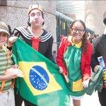 Chespirito: ícono de la comedia en Latinoamérica http://t.co/BUsiERyC2X (vía @Mileniohey) http://t.co/rs29LuUl8g