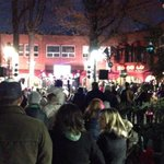 Crowds are gathering and music is playing.  Come join Grand Illumination on the Downtown Mall!  Tree lighting at 6:25 http://t.co/PetZ86gBC5