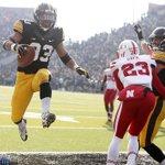 Iowa lost today but this Canzeri TD was neat. #oniowa #hawkeyes #kinnick http://t.co/6tJoJoxnuc