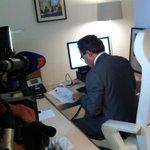 """""""@DamienFleurot: @LucChatel en a fait les frais... Le site du vote UMP a été saturé de 20h15 à 22h. #UMP2014 http://t.co/drG38bTOtT"""""""