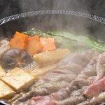 【いい肉の日】すき焼き、ステーキの美味しく食べるコツ教えます http://t.co/A9cLONj7Vb お肉を焼く時の必須条件は、30分くらい前に冷蔵庫から取り出しておくのがポイントらしいです! http://t.co/r9i6Hz0fnG