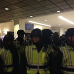 When protesters moved to deck, @SeattlePD moved in at Westlake. Team coverage now on KIRO 7. http://t.co/dytU8LRMbX