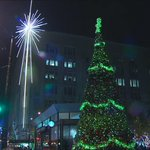 Downtown tree & Macys star. The holidays have arrived in Seattle! #k5holidays http://t.co/NjJT6TatDA
