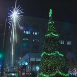 Thanks to @KING5Seattle for the beautiful photo! #SEAholidays has began with lighting the tree and Macys star! http://t.co/jMnRMgKzrS