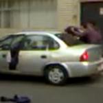 VIDEO | Sandino Bucio: ¡Ayúdenme! ¡Me están secuestrando! http://t.co/nl8lZmJXCh http://t.co/63I2FTKQI6