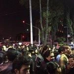 Decenas de personas están afuera de la SEIDO apoyando por la liberación de Sandino Bucio @SandinoBucio #YaMeCansé http://t.co/Hh6cI2Z3Rx