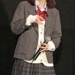 [映画]真野恵里菜、キュートな女子高生姿にファン大興奮! http://t.co/J8oikRRKbO http://t.co/uLrprR0RsT