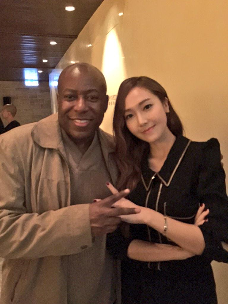 Reggie Martin and 정수연 (Jessica Jung) (鄭秀妍) great girl and friend. Be ready for some big projects in works. http://t.co/GdorvN2JD4