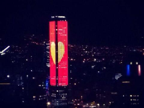 Lo de la torre Colpatria fue simplemente fenomenal !!! #HastaSiempreChespirito http://t.co/5jU6o7aJ0S