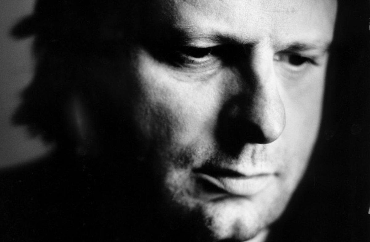 Zanger Luc De Vos overleden http://t.co/Bie9LwooBV #RIP #lucdevos http://t.co/vT5EVFviIu