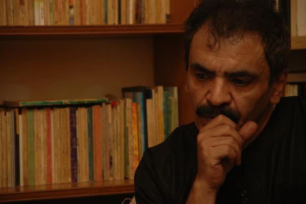 """لي ولك نَجْمتانِ وبُرجان في شُرفَات الفلك ولنَا مطرٌ واحدٌ كلّما بلّل ناصِيَتي بلّلك !  """"محمد الثبيتي"""" http://t.co/Xt6fB49ZVy"""