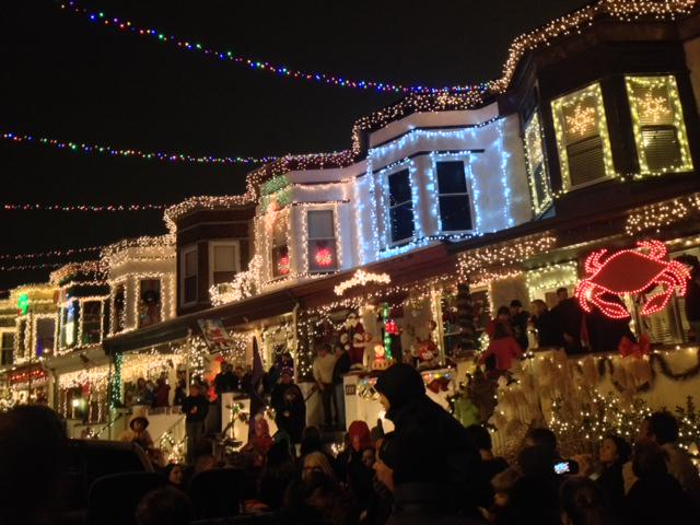 It's that time of year again. Happy holidays from the annual lighting of 34th Street. http://t.co/WQSE2t1tUP