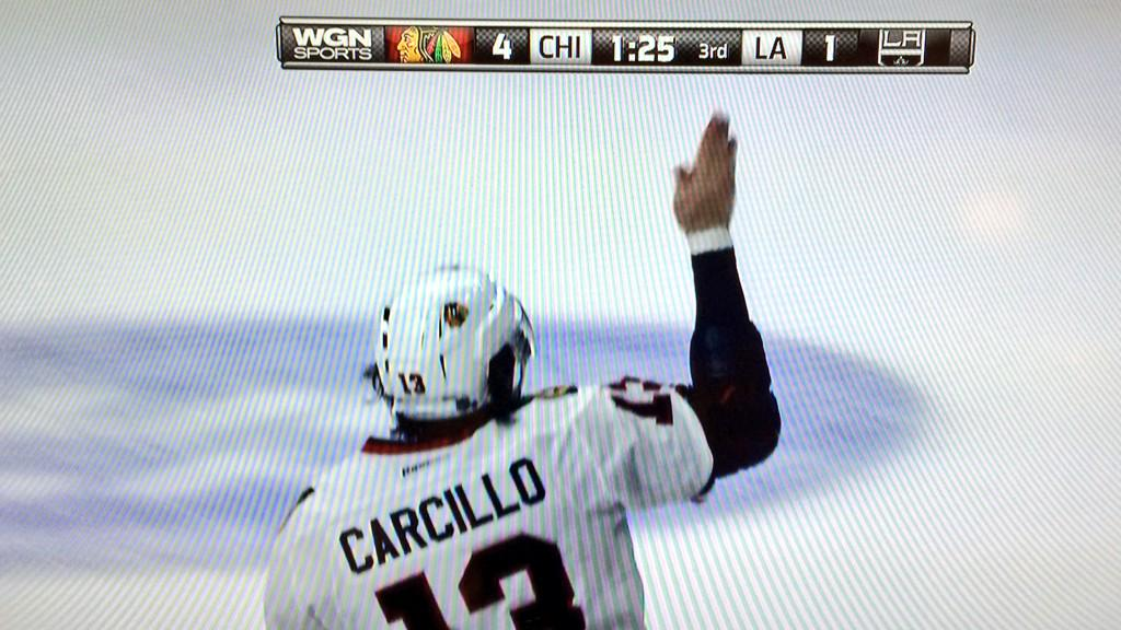 Haaaaaa. Carbomb with the beauty pageant wave. http://t.co/ebHr1EF3sC