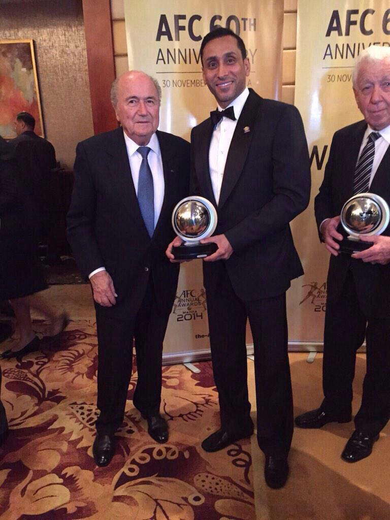 يظل #سامي_الجابر رمزاً من رموز الكرة السعودية http://t.co/Ot3Id5GrbI