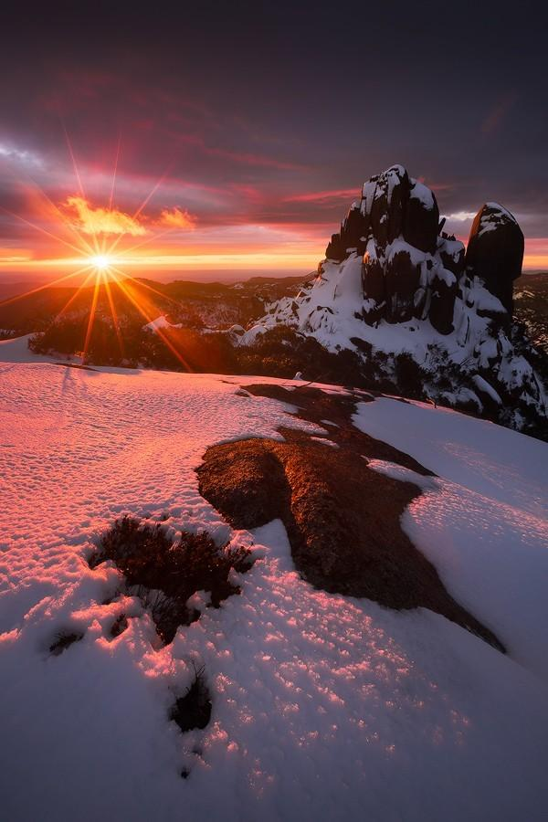 Lovely Image as Day Breaks Across the Snow Cover Mountains #photo #travel http://t.co/gA70urn3jK