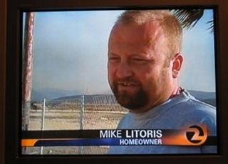 O nome do cara é Mike Litoris. MIKE LITORIS. http://t.co/d4BldkAriG