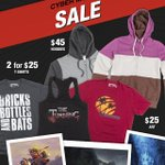 RT @Naughty_Dog: Cyber Monday Sale on our shop. Discounts on t-shirts, art, and hoodies. Shop now: http://t.co/K97DxonLHk #NDShop http://t.…
