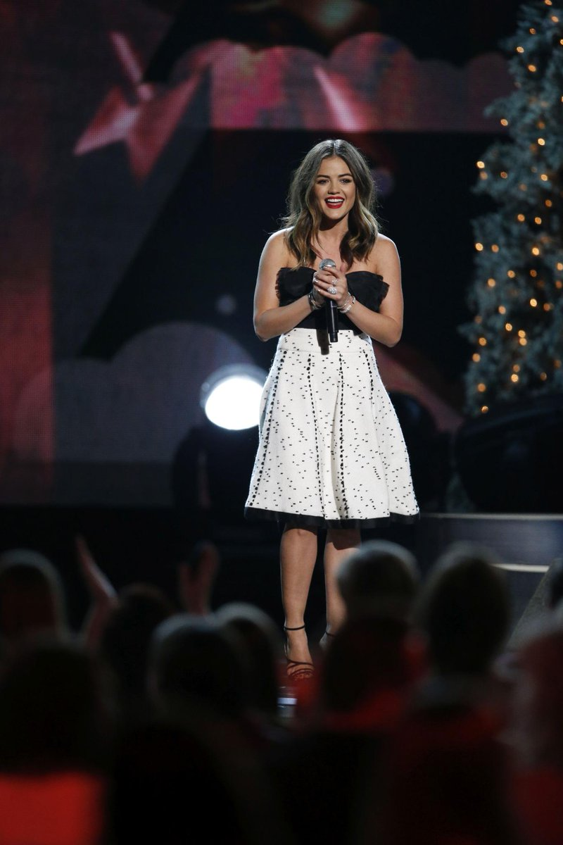 """.@lucyhale performs her new song """"Mistletoe"""" on #CMAchristmas TONIGHT! Tune in at 8 PM/ET on @ABCNetwork! http://t.co/ziFc3RTX56"""