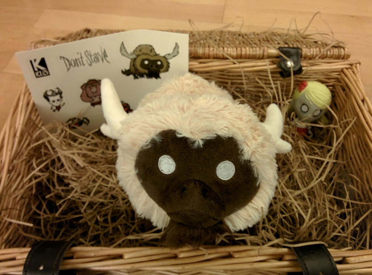 @klei My beefalo arrived today. I think he's enjoying his new home :D http://t.co/VH4s690Tpf