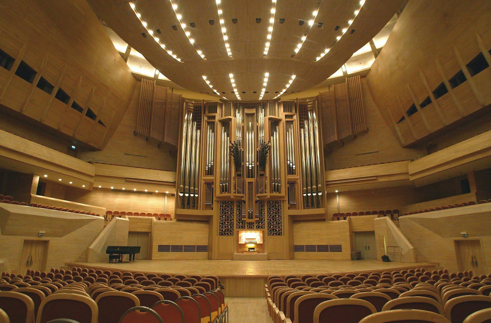 Concert à Moscou le 18 janvier 2015 B3zxEGdCAAAIStx