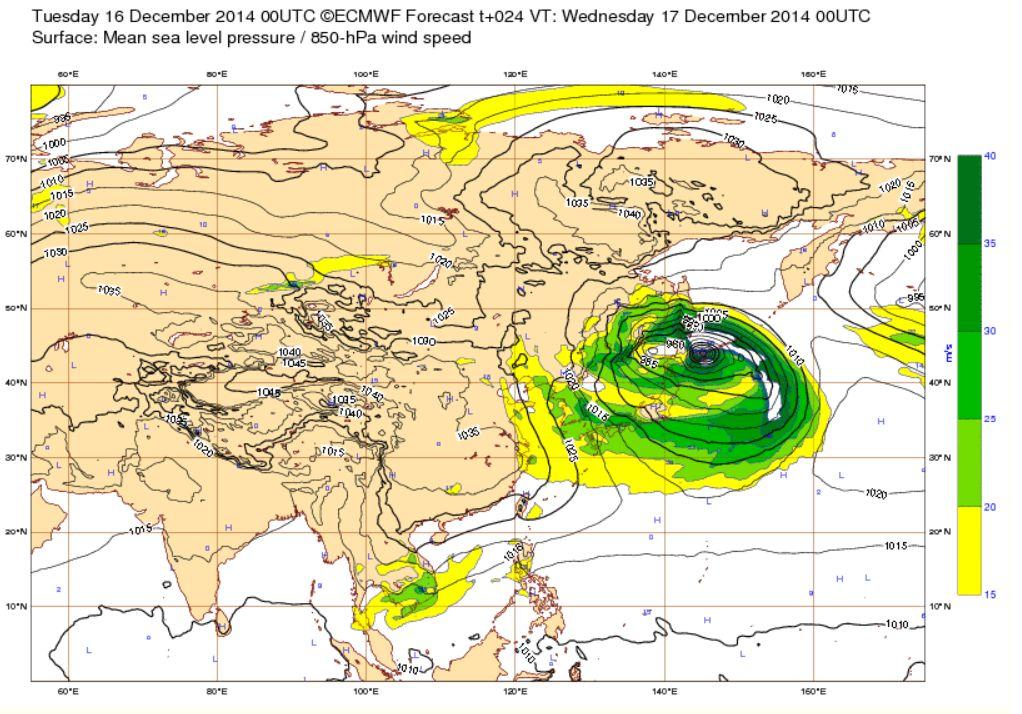 明日の日本の低気圧、地球規模で見てもやばかった…。 http://t.co/d7WxDcoXpV