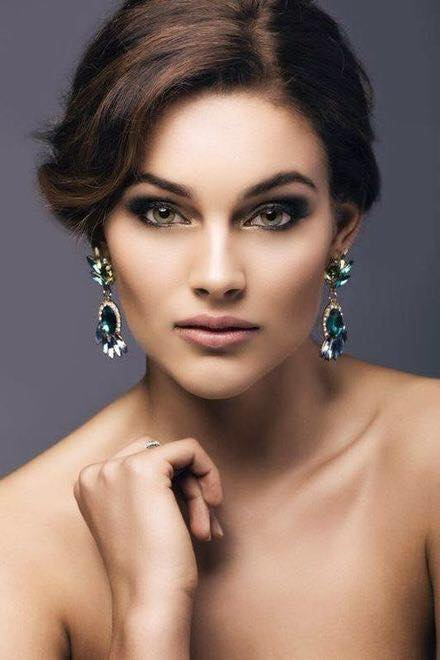And #MissWorld2014 is...  Rolene Strauss from SOUTH AFRICA...!  RT if you're #ProudlySouthAfrican