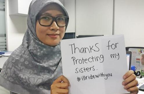 #illridewithyou is trending as a show of support for Muslim Australians after #sydneysiege http://t.co/zcDEvgFHkI http://t.co/57RlfV1Ir7