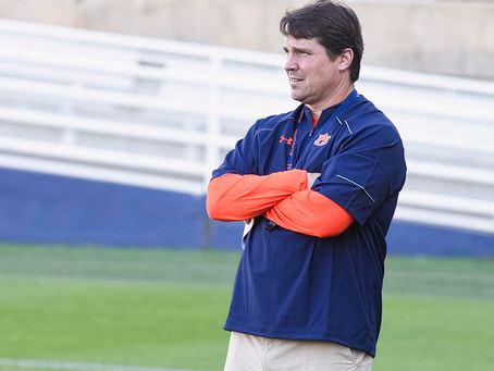 New defensive coordinator Will Muschamp watches his first Auburn practice Monday http://t.co/dmShYy25dv