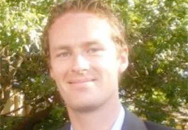 Tori Johnson 'tried to wrestle the gun from the hostage-taker' #sydneysiege http://t.co/oo32JlqyCA http://t.co/2bCqSudUUY