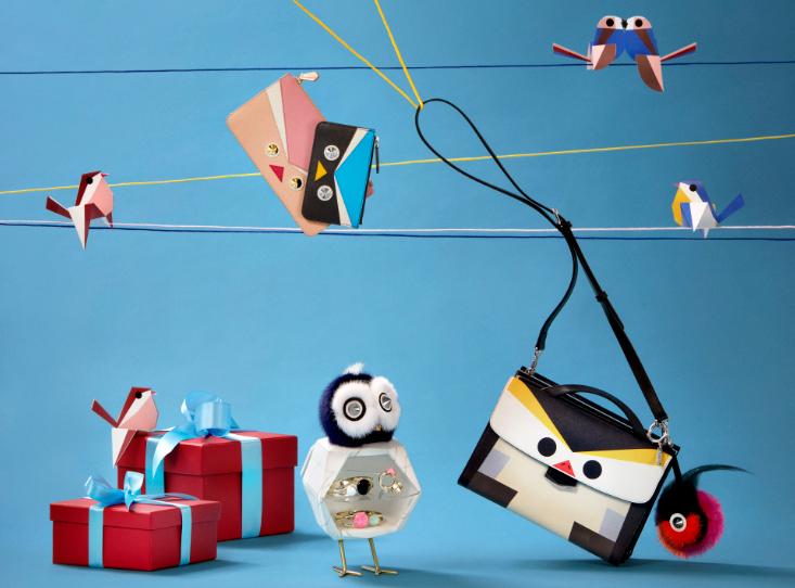 フェンディ「QuTweet」。想いを伝えるキュートな鳥たちの コレクションです。 ぴったりなクリスマスギフトがきっと見つかります。> http://t.co/5XDR9i2EQs #FendiQuTweet http://t.co/wCBPUaeV0N
