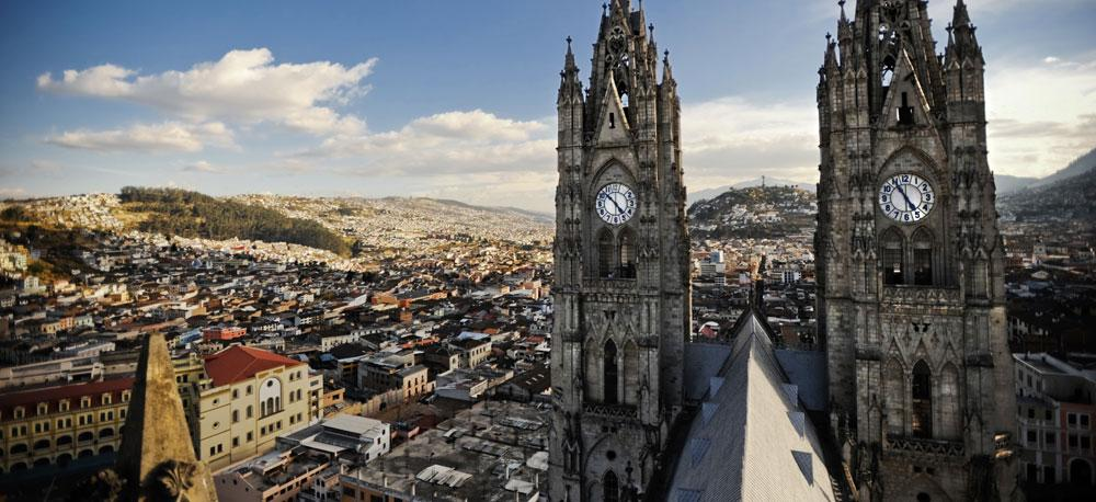 Photos Paul Brooks: #Quito is one of the 14 Finalists in #New7Wonders Cities. Vote! http://t.co/PpwLUBh1GE http://t.co/zW6rVUqorW