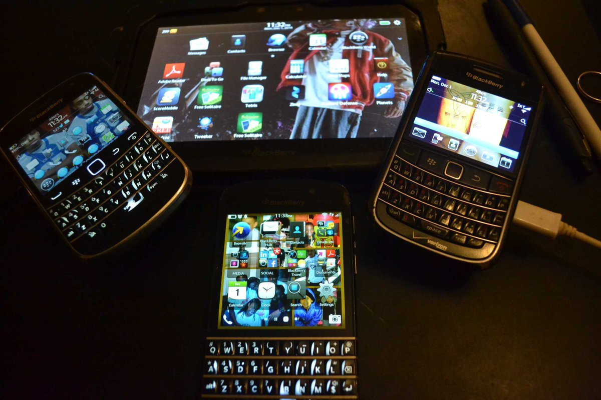 I'd be so behind w/o my babies. Thank u @BlackBerry for making a reliable product. Santa I need the Passport. #Hint http://t.co/WDVtcvaALX