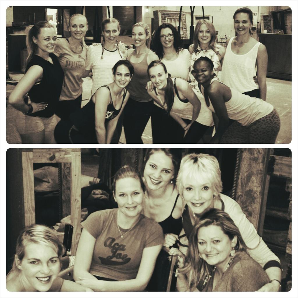 #Ladies @LIEFLINGx #musical #rehearsals @kykNETtv @MONTECASINOZA @Monte_Theatre @hartiwood @bobbyvjaarsveld :) nb http://t.co/Q7MsEQ6z6X