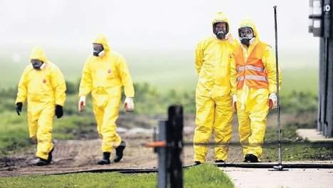 """Opinie: """"Vogelgriep gedijt door blinde ambitie van bio-industrie"""" http://t.co/5mtBdNb3bu http://t.co/WX2kSoxBFn"""