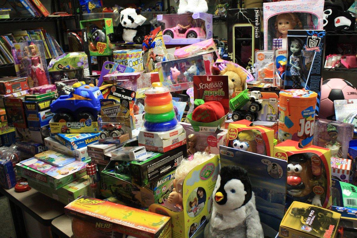 Dec. 1-20: @TheEdisonLA 5th Annual @MidniteMission Toy Drive. Bring new unwrapped toy & get 1 free Edison Cocktail. http://t.co/x8uzC6Td8b