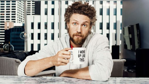 Alexis Cozombolidis (@LetsGetLexi): What a great article @ESPNMag did on @hunterpence, check it out: !http://t.co/Z4Q8UmPaBK http://t.co/BhC5e15nwI