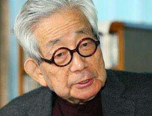 大江健三郎さんも安倍晋三批判。  東京新聞:「戦後の精神」作家 大江健三郎さん:秘密保護法 言わねばならないこと:特集・連載(TOKYO Web) http://t.co/vmWknpV7m8 http://t.co/C84TyuKMeP